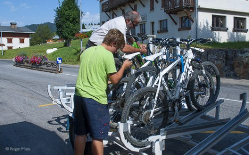 Loading bikes onto trailer for bus ride from Crest Voland to Les Saisies
