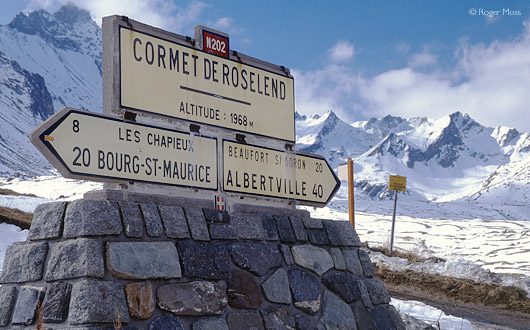 The high-point marker at the Cormet de Roselend (1968m)